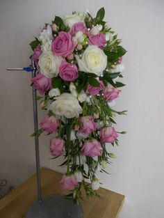 Pink teardrop bouquet