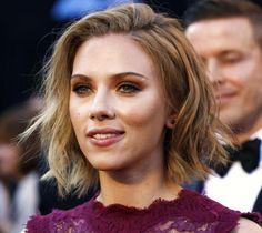 Scarlett Johansson Curly Bob 36463 | NANOZINE