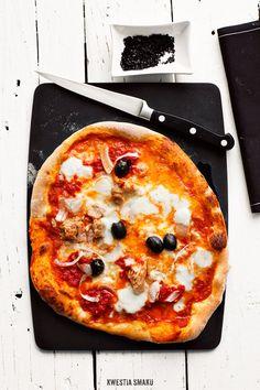 Pizza z tuńczykiem - Przepis