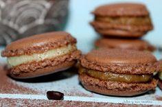 JULIA Y SUS RECETAS: Macarons de chocolate relleno de crema de café