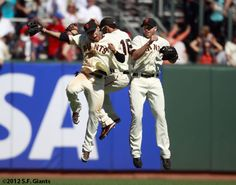 Gregor, Angel, Nate #SFGiants  Trio jump! Can't wait to see Hunter Pence joining Blanco/Pagan/Melky in the jump soon:)