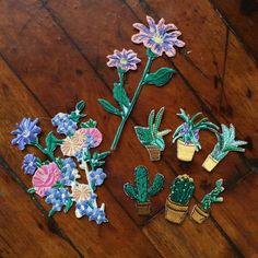 LIMITED ITEM- PLANTS AND FLOWERS IRON-ON PATCH set