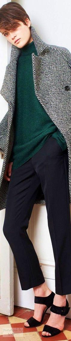 Martin Grant Fall / 2016 RTW women fashion outfit clothing style apparel… Hi Fashion, Fashion Outfits, Womens Fashion, Autumn Winter Fashion, Fall Winter, Estilo Tomboy, Young Designers, Australian Fashion, Stylish Outfits