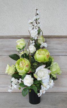 Wszystkich swietych Funeral Flower Arrangements, Ikebana Flower Arrangement, Artificial Flower Arrangements, Floral Arrangements, Grave Flowers, Cemetery Flowers, Funeral Flowers, Black Flowers, Faux Flowers