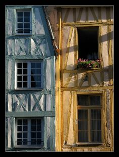 Rouen façade. Old Windows, Windows And Doors, Over The Hill, Le Havre, Beautiful Places To Visit, Destinations, City Streets, European Travel, Beautiful Space