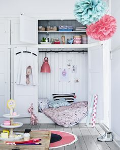 Let the sky be the limit and set your imagination free, when decorating a personal kids room for your child.