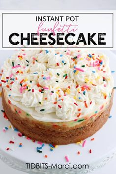 Instant Pot Funfetti Cheesecake is fun to look at and even more fun to eat. All the flavors of cake batter plus the the classic funfetti colors makes this perfect for birthdays. How To Make Cheesecake, Cheesecake Recipes, Dessert Recipes, Desserts, Cheesecake Jars, Instapot Cheesecake, Birthday Cheesecake, Homemade Cheesecake, Classic Cheesecake
