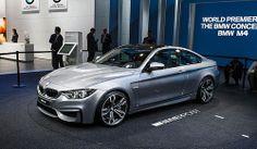 PURIFICACION DE AIRE AIRLIFE te dice. BMW M4 Coupé 2014 El motor de seis cilindros de altas revoluciones en línea con tecnología M TwinPower Turbo de nuevo desarrollo Coupe produce una potencia máxima de 431 HP. Su par máximo de 406 lb- ft supera a la registrada por el saliente BMW M3 en aproximadamente un 40 por ciento. Sin embargo, el motor también logra una reducción en el consumo de combustible y las emisiones de alrededor del 25 por ciento.