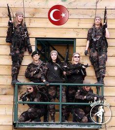 airsoft girls - airsoftgirl.net #airsoft #girl #girls #women #woman #tactical #military #guns  #tacticalgear #gear #loadout #airsoftgirl