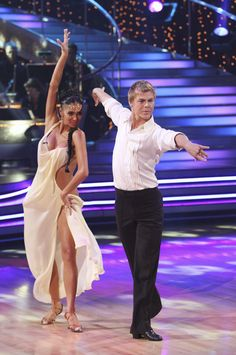 Nicole S & Derek Rumba Double Score Showdown