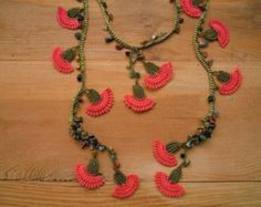 crochet flower necklace pink burgundy green by PashaBodrum on Etsy