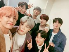 Find images and videos about kpop, bts and jungkook on We Heart It - the app to get lost in what you love. Bts Taehyung, Bts Suga, Jhope, Bts Bangtan Boy, Seokjin, Kim Namjoon, Jung Hoseok, Namjin, K Pop