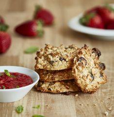 Zdravé sušenky z ovesných vloček s jahodovou omáčkou  Foto: