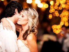 7 Decorating Ideas for a Wedding Reception on a Budget --- very smart!