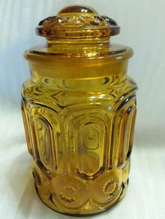 L.E. Smith Moon and Stars Canister 7.5 / 9 With Lid Amber Vintage