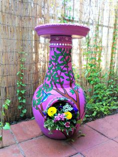 I love this! I searched 3 stores for ideas to make a bird bath. Now I can repurpose our old chiminea and put the bird bath on top of it. Perfect :)