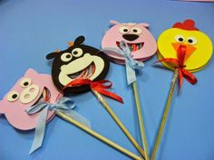 obsequia dulces de manera original11 Pencil Toppers, Cat Birthday, Ideas Para Fiestas, Minnie Mouse, Arts And Crafts, Lily, Clock, Candy, Disney Characters