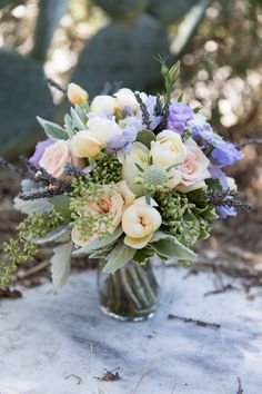 Rustic meets romantic blooms