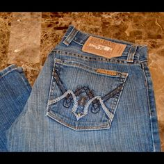 "NWOT Vintage Lucky Brand Lil Aztec Jean 34"" inseam NWOT Vintage Lucky Brand Lil Aztec Jean Long Length Size 2 / 26 Look brand new without tag 98% cotton 2% lycra Approximate 34"" inseam and 6"" rise Item Location Bin  T1 Lucky Brand Jeans Boot Cut"