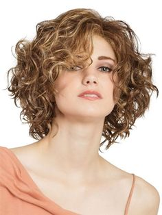 66 Chic Short Bob Hairstyles & Haircuts for Women in 2019 - Hairstyles Trends Curly Hair With Bangs, Curly Hair Cuts, Curly Hair Styles, Thick Hair, Straight Hair, Wavy Bob Hairstyles, Short Curly Haircuts, Modern Hairstyles, Bob Haircuts