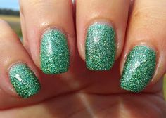 Glossy and Glitter: China Glaze This is Tree-Mendous Holiglaze Collection