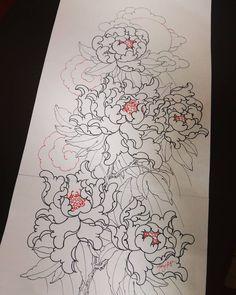 Ảnh trên Instagram của Tung Mt • 24 Tháng 3 2019 lúc 21:09 Japanese Tattoo Designs, Japanese Tattoo Art, Baby Tattoos, Leg Tattoos, Tattoo Drawings, Art Drawings, Backpiece Tattoo, Crochet Feather, Oriental Flowers