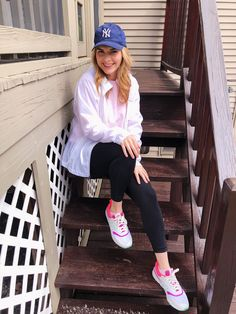 Affordable Athleisure from Walmart - Dirty White Sneakers Jeans And T Shirt Outfit, Plaid Shirt Outfits, Tank Top Outfits, Sweatshirt Outfit, Outfits With Hats, Warm Outfits, Simple Outfits, Casual Outfits, Cozy Fashion