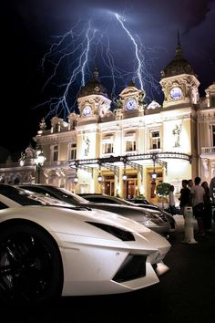 What's hotter the car or the lightning?