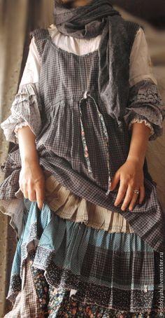 Купить или заказать ОДЕЖДА ДЛЯ СВОБОДНЫХ НАТУР в интернет-магазине на Ярмарке Мастеров. Роскошный костюм из натуральных тканей,напоминающий народный костюм Сарафан Рубашка Нижняя юбка Все можно изменить по Вашему желанию.Длину,цве…