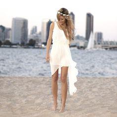 vestidos de novia playeros sencillos