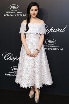 2015 Cannes in the Spotlight: Fan Bingbing in Ralph & Russo Couture with Chopard jewelry. See all the looks from Chopard's Gold Party at Cannes. Fan Bingbing, Cannes Film Festival 2015, Cannes 2015, Gold Party, Red Carpet Looks, Red Carpet Dresses, Red Carpet Fashion, Pretty Dresses, Party Wear