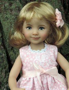 Dianna Effner Little Darling models New Spring 4 pc set
