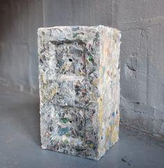 REPLAST: restos de plásticos encontrados no oceano são transformados em blocos de construção duráveis;
