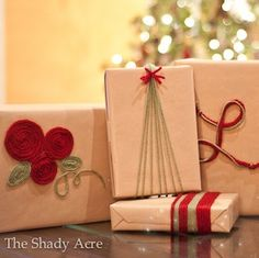 From elegant Christmas gift wrapping to fun Christmas gift wrapping for kids, there are plenty of DIY ideas for everyone. Christmas Present Wrap, Christmas Presents For Kids, Creative Christmas Gifts, Christmas Gift Wrapping, Christmas Crafts, Christmas Christmas, Christmas Ideas, Wrapping Ideas, Elegant Gift Wrapping