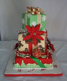 Stunning Christmas Winter Wedding Cake