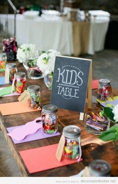 Ideas para decorar la mesa de niños en una boda