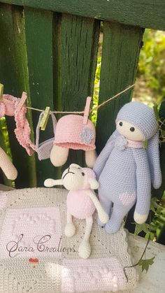 "Sara Creations - crocheted toys "" bunny family "" collection - jucarii crosetate - colectia "" bunny family "" Crocheted Toys, Christmas Wreaths, Christmas Ornaments, Bunny Toys, Cross Stitching, Flower Arrangements, Cute Babies, Embroidery, Holiday Decor"