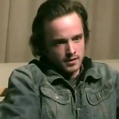 Watch Aaron Paul's Breaking Bad Audition for the Role of Jesse Pinkman -- Plus, we have an altered scene from last week's episode where Hank and Marie watch Miley Cyrus' controversial VMA performance. -- http://wtch.it/hPwEV
