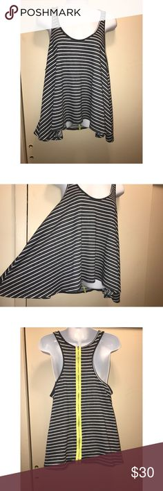 Vintage Havana Black White Striped Tank Top Vintage Havana Black White Striped Tank Top With Yellow Zipper Size L Zipper works fine Cute for summer days  Causal look   QUESTIONS? Just ask :) Vintage Havana Tops Tank Tops