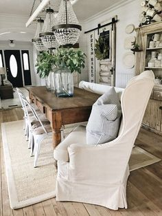 33 Popular Modern Farmhouse Dining Room Design Ideas - Home Bestiest French Country Dining Room, Farmhouse Dining Room Table, Dining Tables, Metal Farmhouse Chairs, Long Narrow Dining Table, White Farmhouse Table, Ikea Dining Room, French Table, Country French