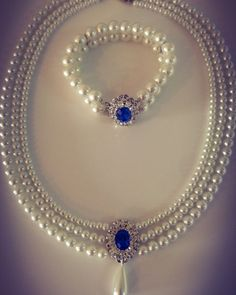 jewelry sets Bridal Set,Wedding Set Jewelry,Choker Pearls and Bracelet Rhinestone,Lady D Vintage Style Jewelry,Blue Sapphire Necklace Ivory white Pearls Wedding Jewelry Sets, Bridal Jewelry, Gold Jewelry, Jewelry Accessories, Jewelry Design, Wedding Set, Pearl Jewelry Set, Wedding White, Bridal Earrings