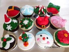 Christmas cupcakes in christmas at cakecentral.com