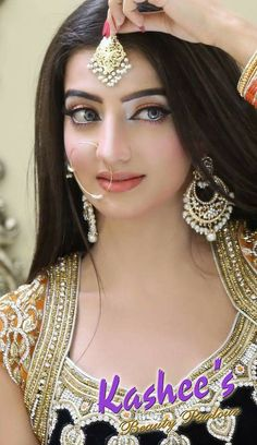 She is pretty Indian Bridal Photos, Indian Bridal Makeup, Indian Bridal Fashion, Pakistani Bridal Wear, Bridal Beauty, Punjabi Bride, Bridal Looks, Bridal Style, Black And Silver Eye Makeup
