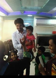 Sivakarthikeyan Wallpapers, Like Father Like Daughter, Best Actor, Actors, Concert, Shiva, Fictional Characters, Anna, Drawing
