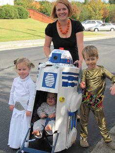 R2D2 Stroller!!!! Like I said, start 'em young.