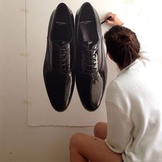 Incredible photorealist drawings by artist CJ Hendry. shiney shoes