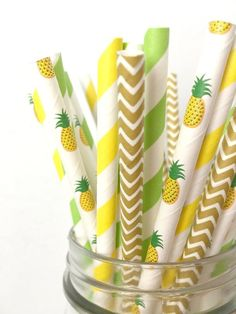 Pineapple Paper Straws - Tropical Pineapple Party Decor, Luau 1st Birthday Party, Beach Bachelorette, Baby Shower, Fruit party, Gold Wedding
