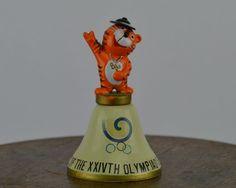 Seoul Olympic 1988 Vintage Metal Souvenir Bell Sport Decor -Sport Collectable - Vintage sport art by ArtSportive