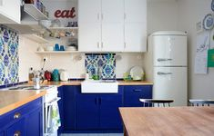 Colors of Our Home: Blue Kitchen Blue Kitchens, 50s Style Kitchens, Kitchen Cabinets, Kitchen Colors, Kitchen, Kitchen Dining Room, Kitchen Dining, Kitchen Styling, Retro Kitchen