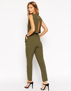 Discover women's jumpsuits & playsuits with ASOS. Shop a range of women's jumpsuits, unitards, playsuits and dungarees with ASOS. Daily Fashion, Fashion Online, Olive Jumpsuit, Chic Outfits, Fashion Outfits, Fashion Ideas, Overalls Fashion, Nike Pro Women, Romper Outfit
